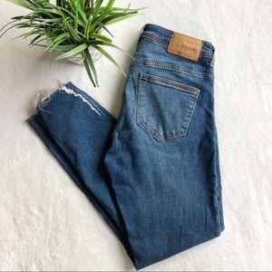 Zara Distressed 1975 Skinny Jeans